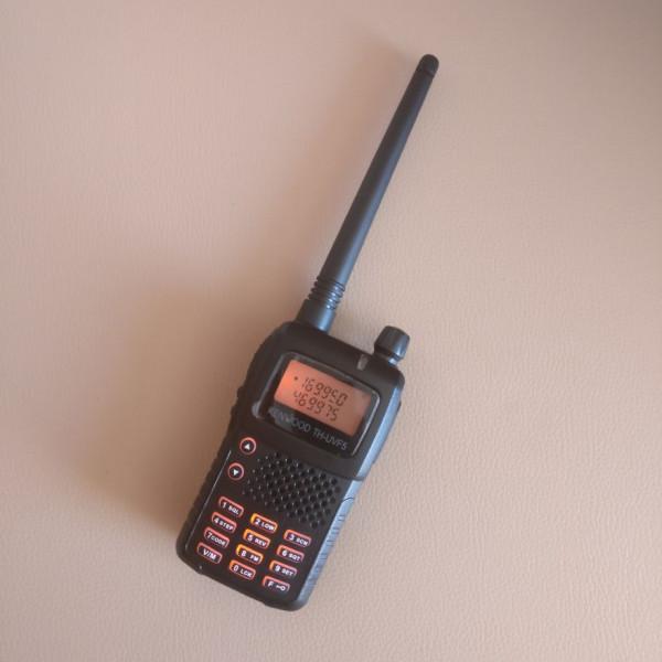 kenwood-th-uvf5 портативная радиостанция